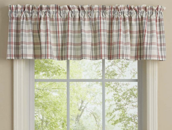 Farm Yard Valance