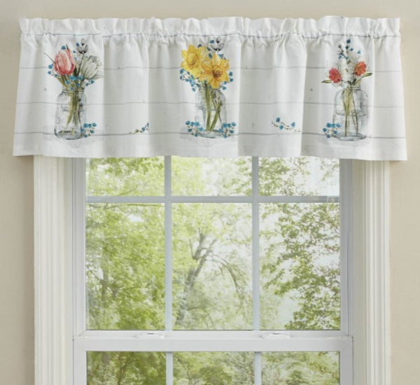 Farmhouse Spring Valance