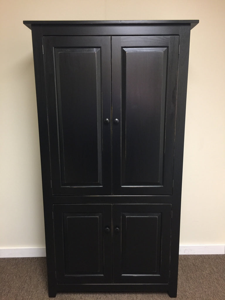 Pantry-X-Large with Raised Panel