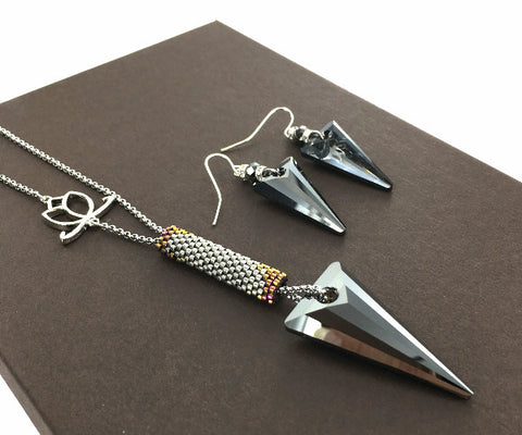 Spike Silver Night Necklace and Earrings Set