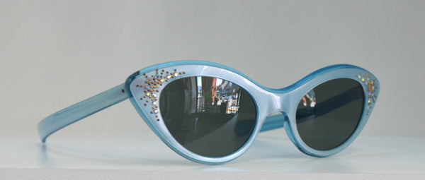 50's Vintage Pearlescent Blue Jewelled Cateye Sunglasses