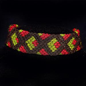 Multi-color diamond pattern chambira palm fiber bracelet