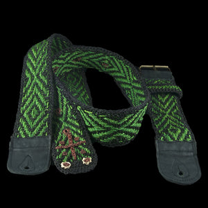GS01C : Fair-trade hand-made Amazon guitar strap - Green anaconda model