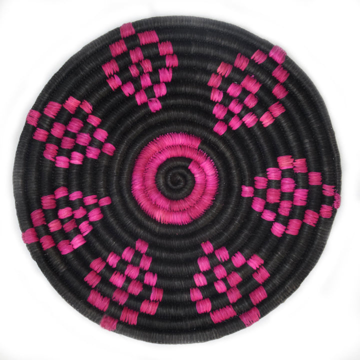Woven hot pad (trivet) and center piece - black with fushia diamond figures (TP113I)