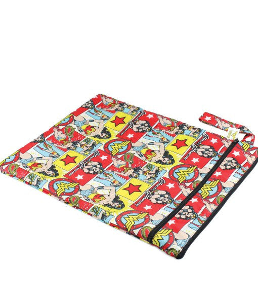 TurtleDiapers.com: Bumkins DC Comics Wet Dry Bag - WonderWoman - Bumkins