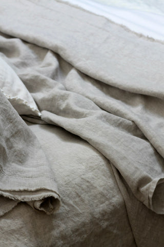 https://thewickerhouse.blogspot.com/2017/07/beautiful-french-linen-bedding.html