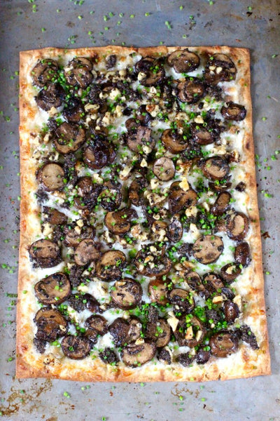 Flatbread pizza black truffle sauce
