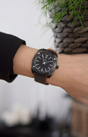 DWISS RS1-BB-Quartz Limited Edition and design awarded Luxury Swiss Made Watches With Innovative Time Reading Systems