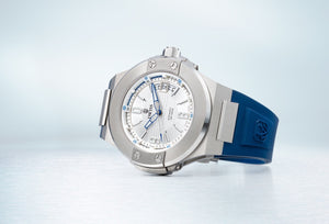 DWISS M1 Blue Limited Edition and design awarded Luxury Swiss Made Watches With Innovative Time Reading Systems
