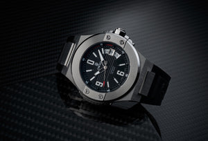 DWISS M1 Silver Limited Edition and design awarded Luxury Swiss Made Watches With Innovative Time Reading Systems