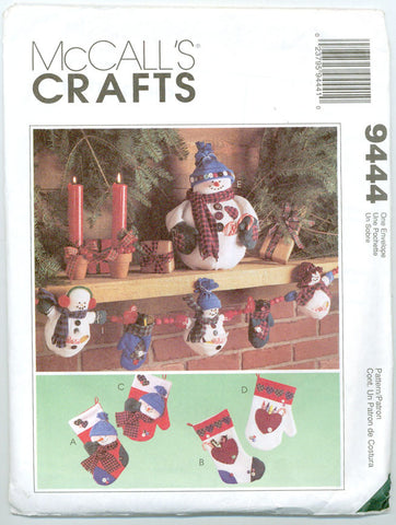 McCall's 9444 - Frosty Friends Snowmen Winter Holiday Decorations - Serendipity Vintage