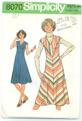 Simplicity 8070 - Bias Cut Dress or Jumper - Serendipity Vintage