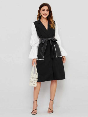 Monochrome V neck Box Dress