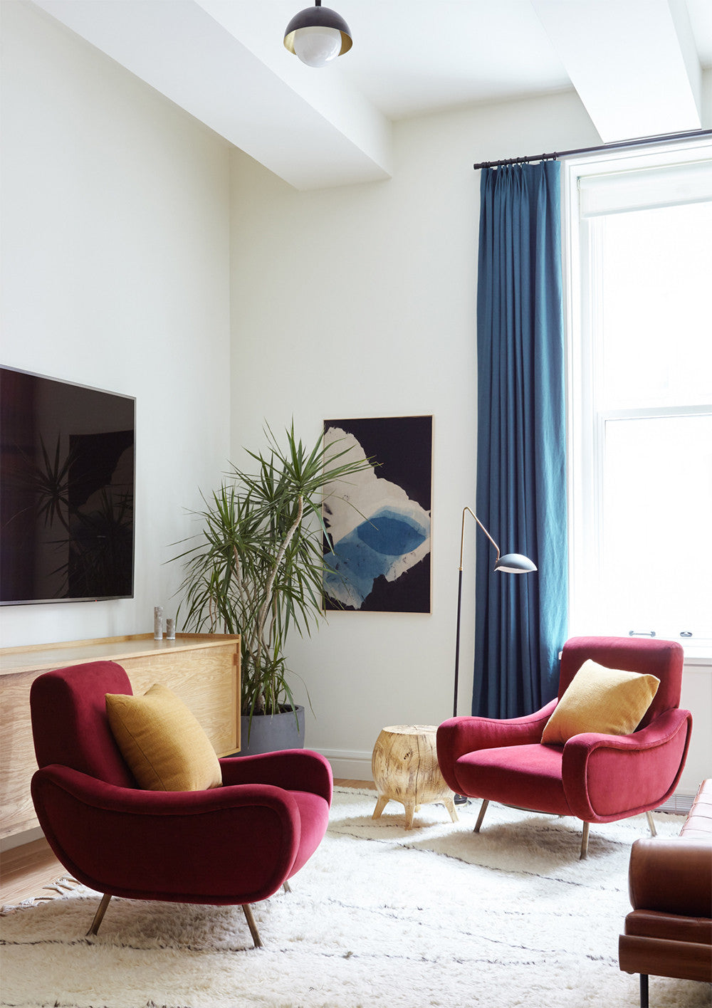 Cozy conversation corner Interior Design by Consort. Photo: Reid Rolls