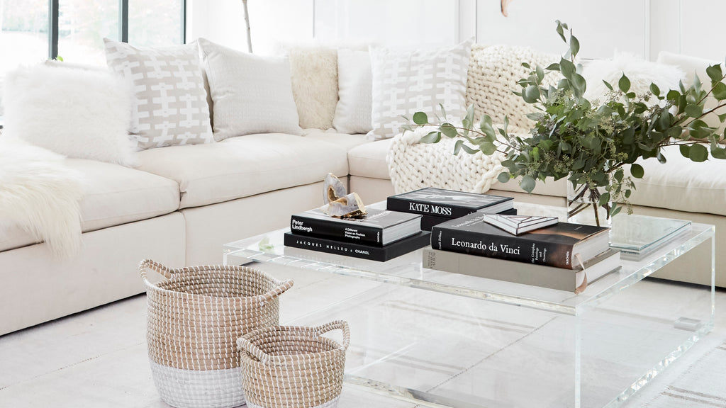 Why Weu0027re All About All White Living Rooms