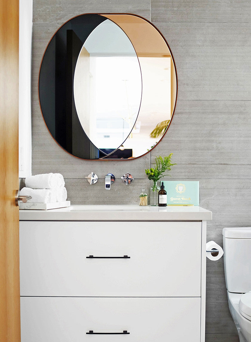6 Ways to Squeeze Big Style Into Small Bathrooms