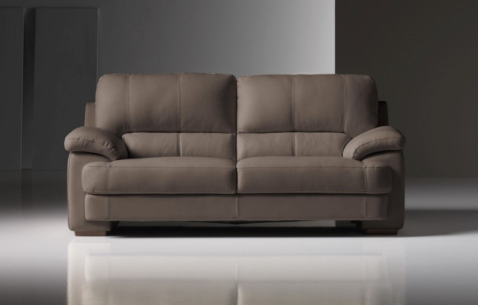 Italian Leather Sofas in Featherstone