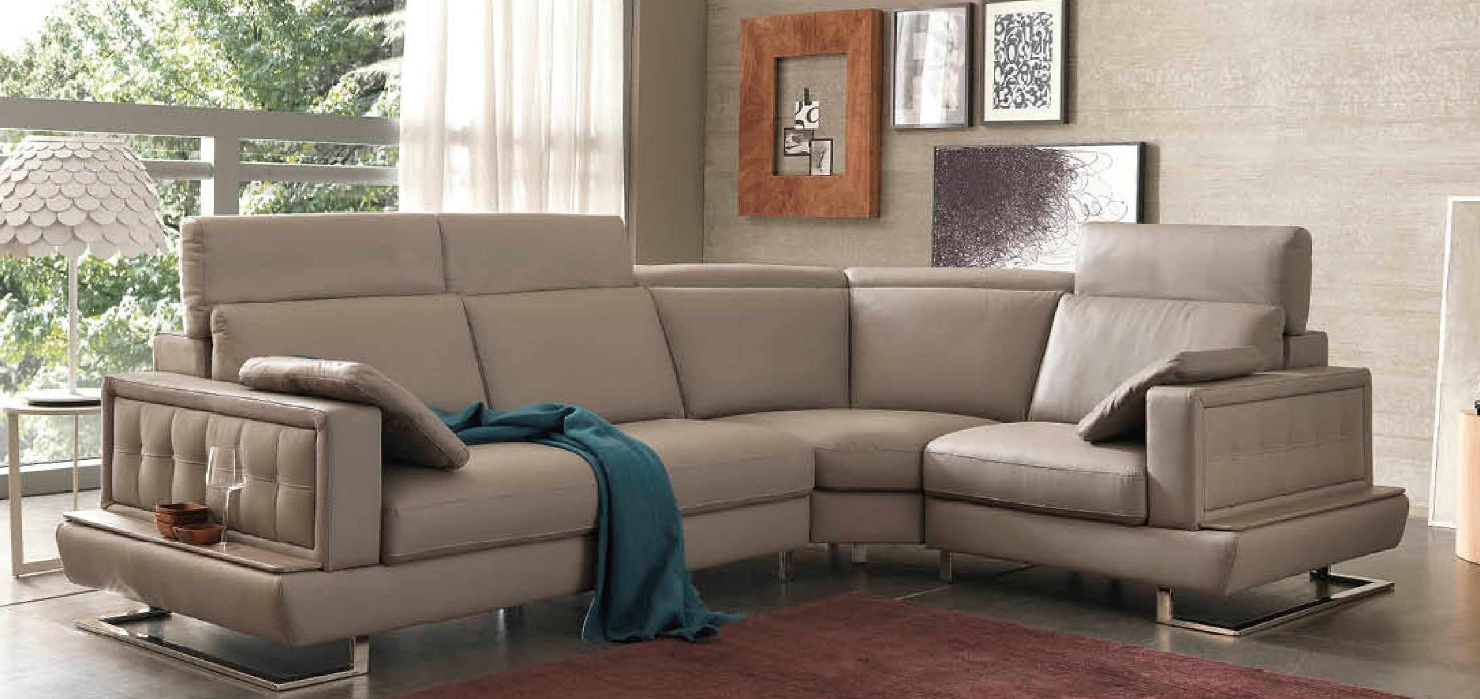 Luxury Leather Furniture in Rossington