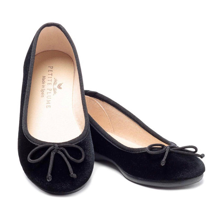 PETITE PLUME Juliette Ballet Slipper in Black Velvet