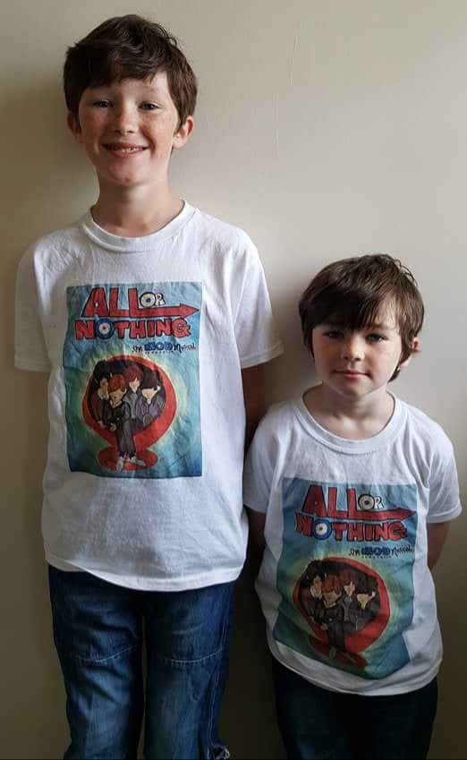 Tee Shirt Children's Small Faces by Tonya Marriott