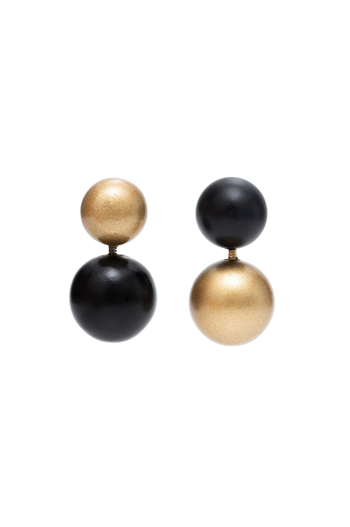 BLACK AND GOLD TWO WOODBALLS EARRINGS