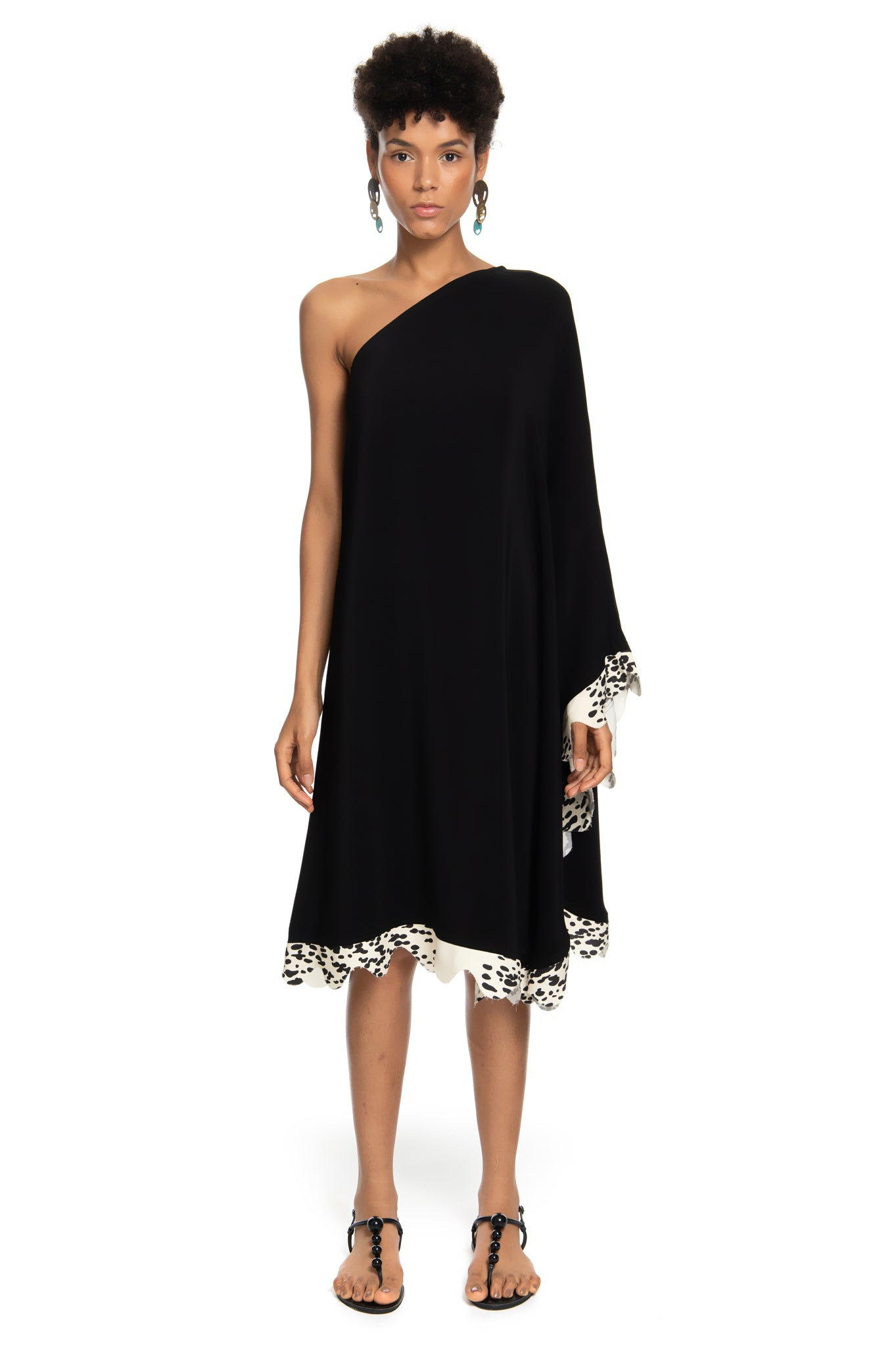 BLACK WAVES SHOULDER DRESS