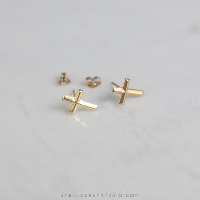 solid gold cross earrings