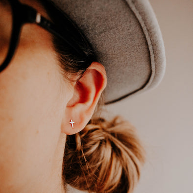tiny gold cross earrings