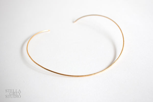 Delicate gold necklace, brass necklace, brass collar necklace, gold choker, delicate choker, boho jewelry, minimalist jewelry, gold necklace, romantic gift, bridesmaid jewelry, bridesmaid necklace, simple necklace, everyday jewelry, gold jewelry