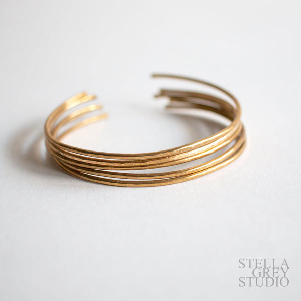 faceted brass cuff, gold cuff, hammered gold cuff, textured gold cuff, brass jewelry, brass bracelets, statement jewelry, statement bracelets, stacking bracelets, stackable bracelets, handmade jewelry, metal smithing, hand forged metal, artist jewelry, artisan jewelry, artisan made bracelet