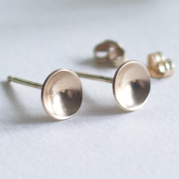 solid gold stud earrings