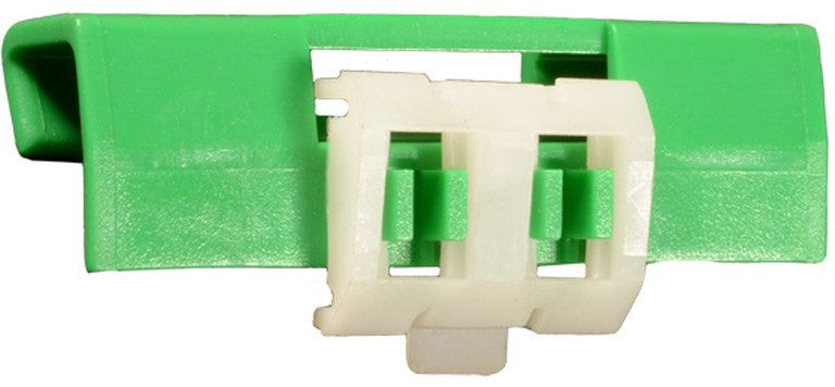 Auveco # 14209  Volvo Windshield Clip- Green.