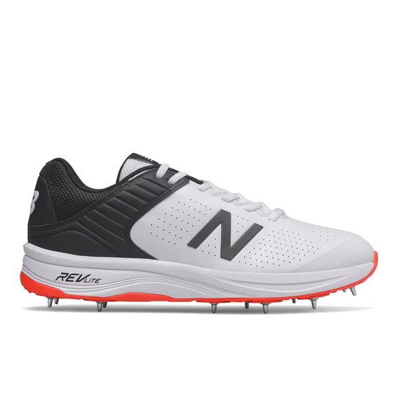 New Balance Ck4030 Spike Cricket Shoe
