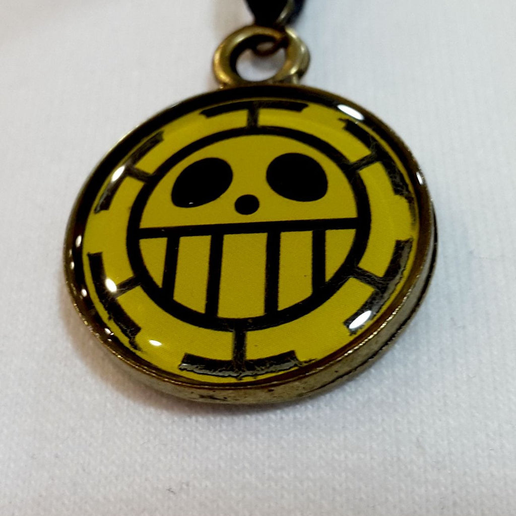 One Piece Trafalgar Law Madalyon Kolye El Yapımı