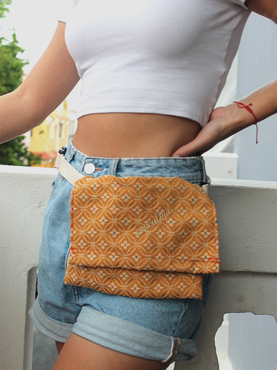 Hip Pouch / Orbits Amarillo