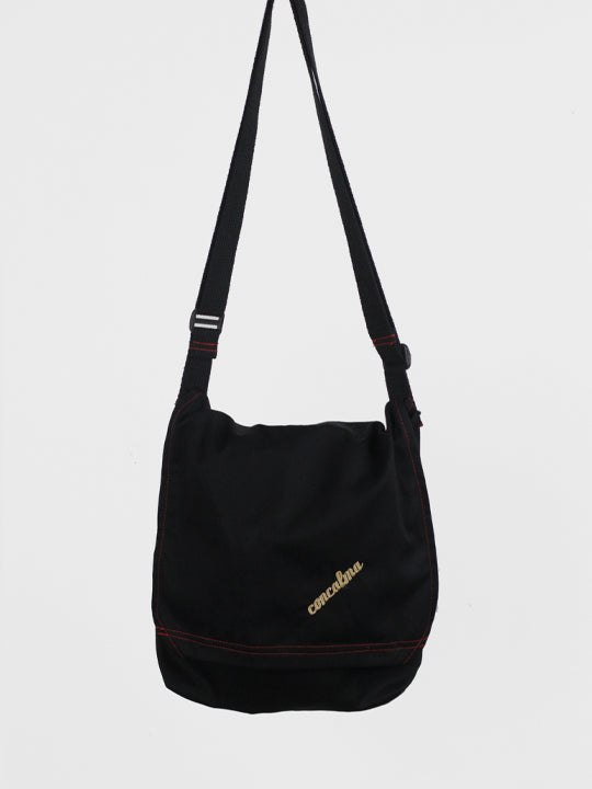 Messenger Adjustable /  Black Organic