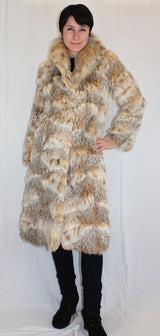 PRE-OWNED SMALL/MEDIUM BEAUTIFUL CANADIAN LYNX FUR COAT! - SOFT & LUXURIOUS! - from THE REAL FUR DEAL & DAVID APPEL FURS new and pre-owned online fur store!