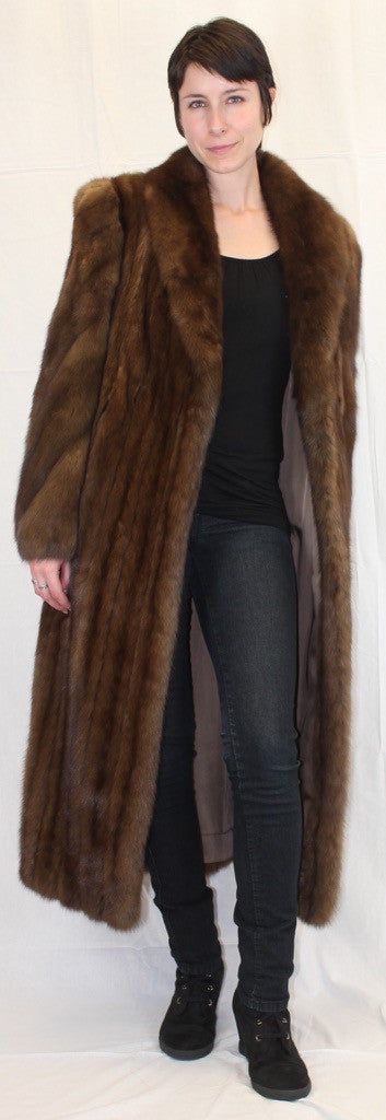 Sable Fur Coat >> Pre Owned Medium Large Long Canadian Sable Fur Coat Fully Let Out