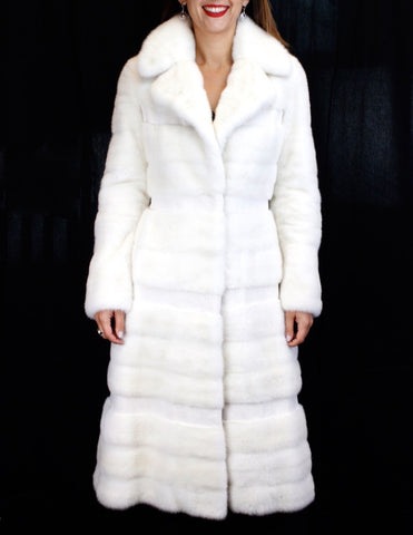 PRE-OWNED MICHAEL KORS SMALL OFF-WHITE HORIZONTAL SHEARED/UNSHEARED MINK FUR COAT