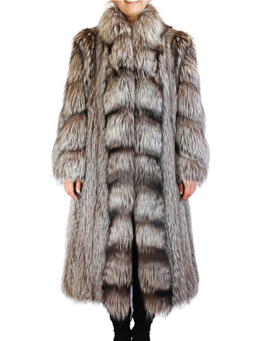 PRE-OWNED LARGE/XL OSCAR DE LA RENTA LONG CANADIAN SILVER FOX FUR COAT