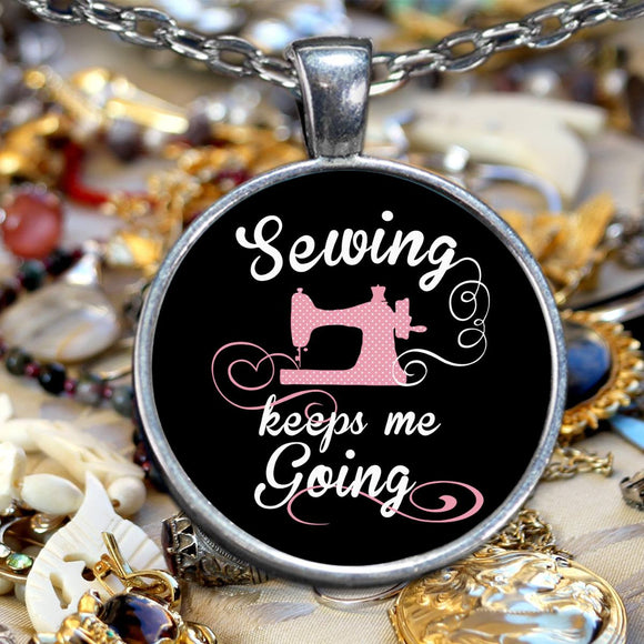 Sewing Keeps Me Going Pendant (silver plated) - Crafter4Life - 1