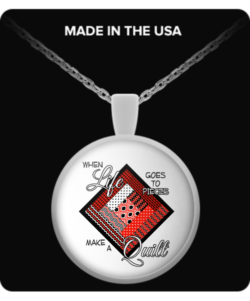 Make a Quilt Pendant Necklace (red)
