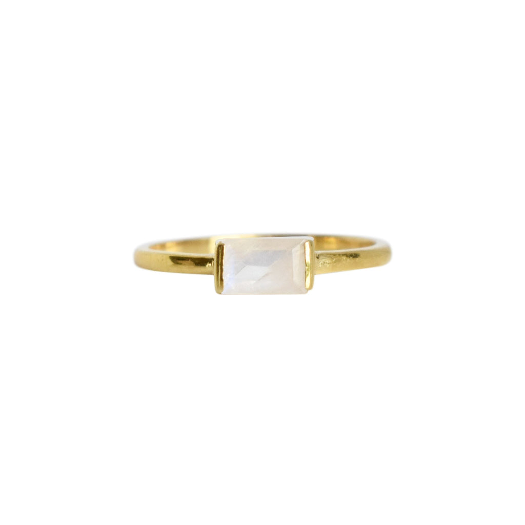 Rainbow Moonstone Bagutte Stacking Ring - Gold