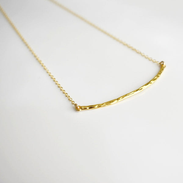 Curved Hammered Bar Necklace