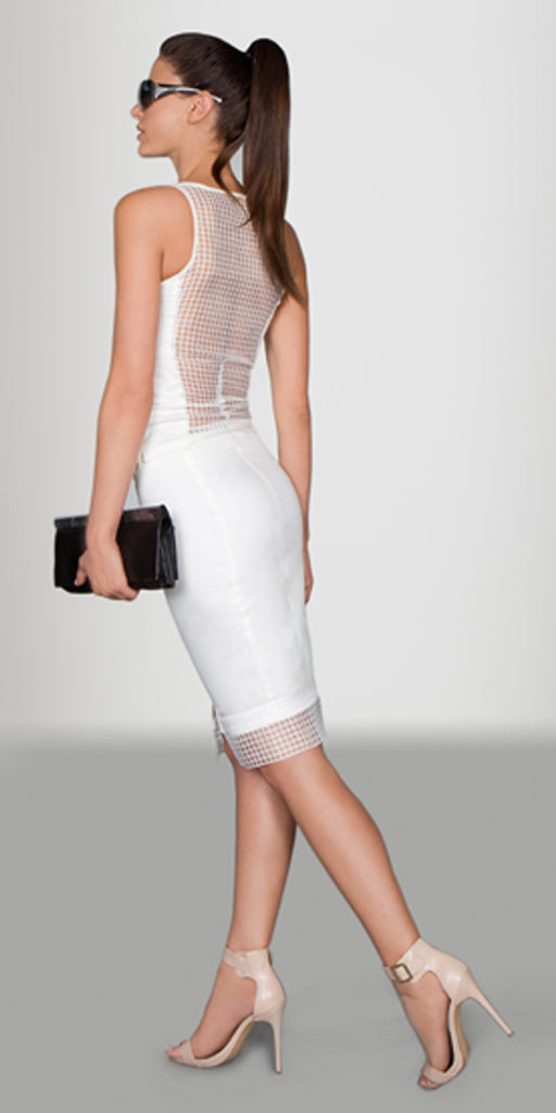 Modern Sleeveless Top with Grid Back