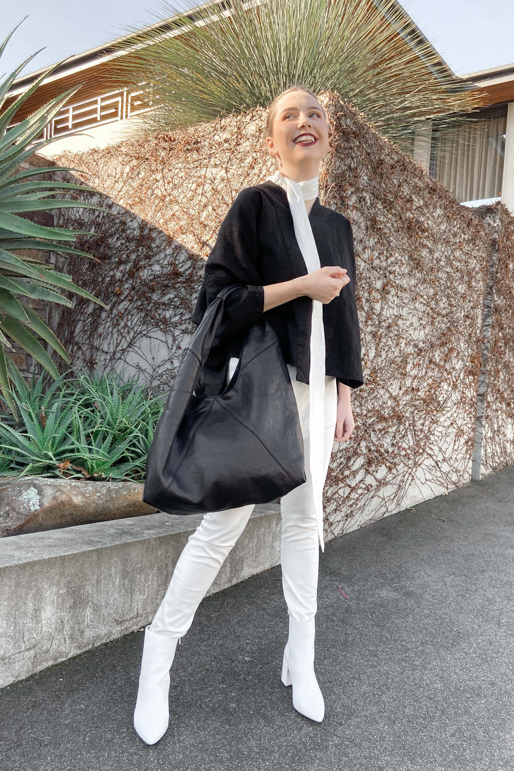 Rose & Lyle | Lux Slouch Bag Black