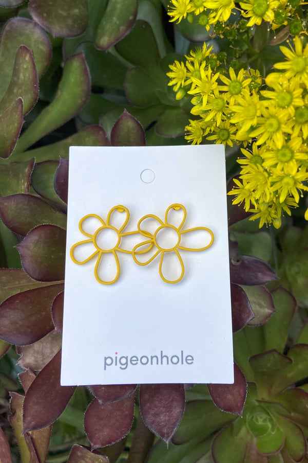 Pigeonhole | Flower Line Earring | Yellow