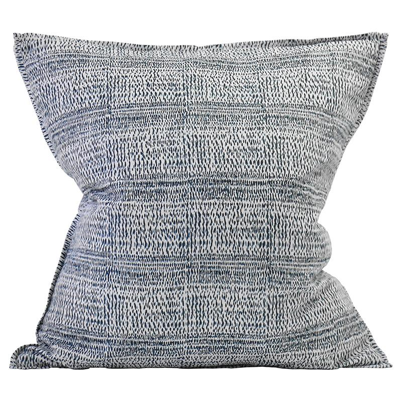 walter.g | Kantha China Blues 55x55cm linen cushion - Evas Sunday