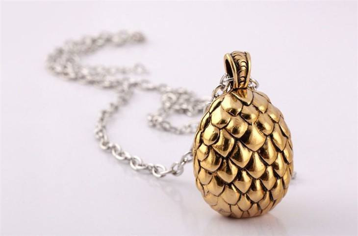 Collectibles - Vintage Game Of Thrones Dragon Egg Necklace