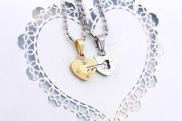 "Necklaces - Stainless Steel ""Love"" Engraved Key To My Heart Necklace"